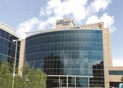 Large, modern office space minutes from downtown Calgary